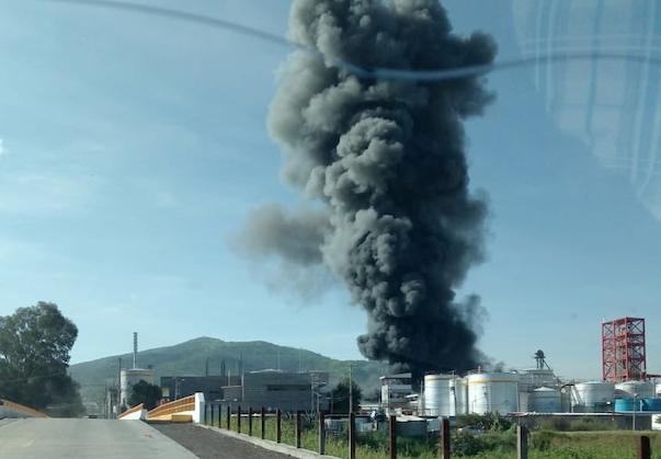 Incendio_Fabrica_plasticos_Ciudad_Industrial_Morelia_Michoacan