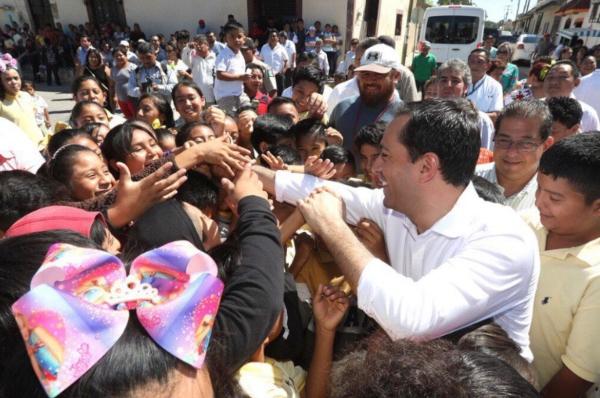 Mauricio_Vila_gobernadores_Yucatán