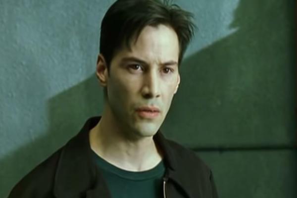Warner Bros confirma participación de Keanu Reeves en
