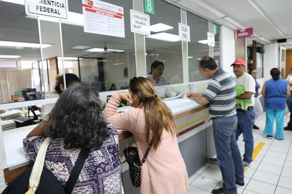 Para este pago, el Gobierno Federal aportó 180 millones de pesos –producto de recursos extraordinarios- y el gobierno estatal 90 millones más. Foto: Especial