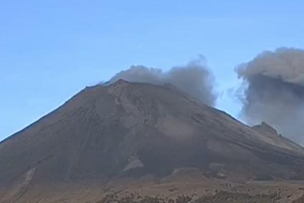 Popocatepetl volcan actividad explosiones exhalaciones