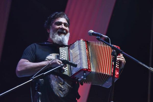 Reportan muerte de Celso Piña; el músico que enamoró con su acordeón