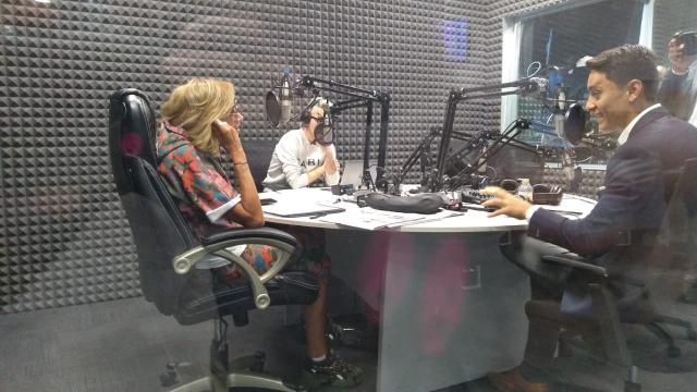 Humberto Gutiérrez, instructor y consultor de imagen personal en entrevista con Adela Micha.