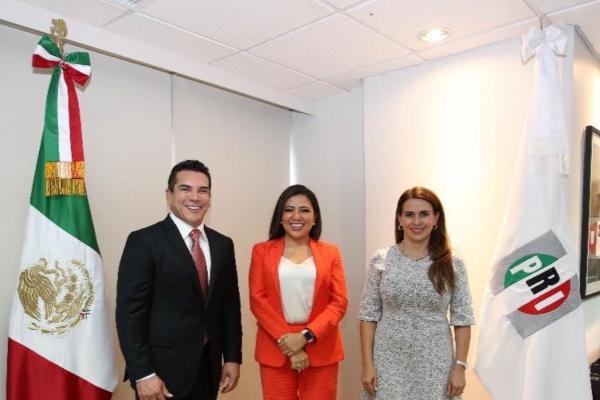 Alejandro Moreno y Lorena Piñón.  Foto: Cortesía