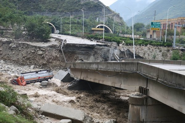 china_lluvias_muertos