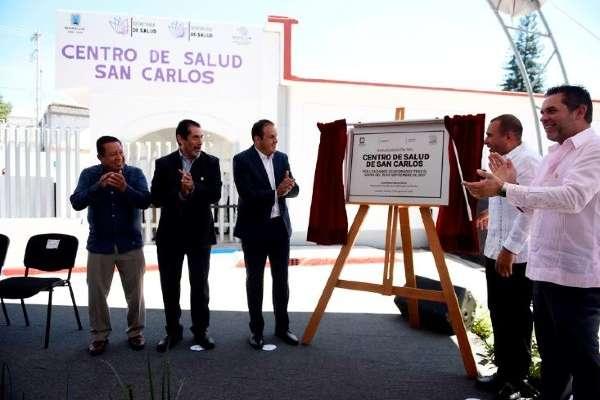 COMPROMISO. El gobernador de Morelos agradeció al personal del centro su apoyo. Foto: Especial