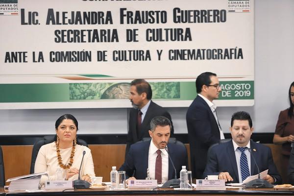 CUESTIONAMIENTOS. Alejandra Frausto compareció ante la Comisión de Cultura y Cinematografía de la Cámara de Diputados. Foto: Víctor Gahbler