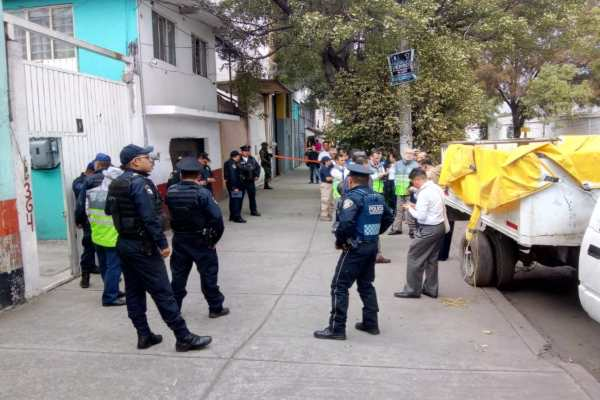 Hallan toma clandestina de combustible en la alcaldía Iztacalco