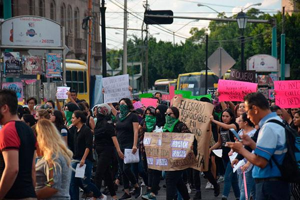Protesta_colectivo_feministas_fiscalía_San_Luis_Potosí
