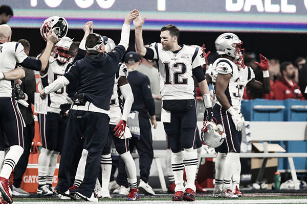 Patriotas_Raiders_ganan_retemporada_NFL