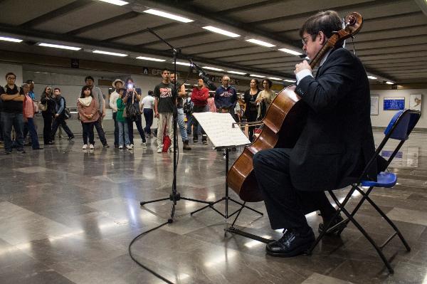 Todas las actividades culturales al interior del Metro  son completamente gratis.