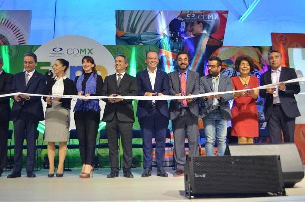 """""""Para mi es y va a seguir siendo los CENDIS parte de un proceso de inversión, este año vamos a invertir otros 10 millones de pesos"""": Santiago Taboada. Foto: Especial"""