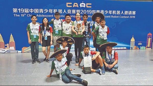TRIUNFO. Los pequeños, además, obtuvieron en el país asiático dos trofeos. Foto: Especial