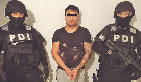 NOCHE. Carlos Ramón fue detenido mientras dormía.  Foto: Especial