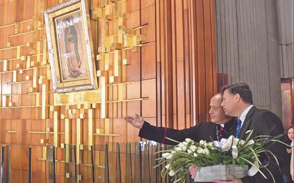 Una vez que se instaló en la Ciudad de México, el diplomático visitó la Basílica de Guadalupe, en Gustavo A. Madero. Foto: Especial.
