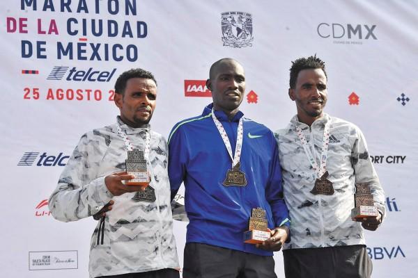 TRÍO. Birhanau, Maiyo y Mesel subieron al podio.