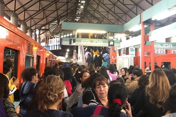 Metro_CDMX_retrasos_lunes_regreso_clases_26_agosto
