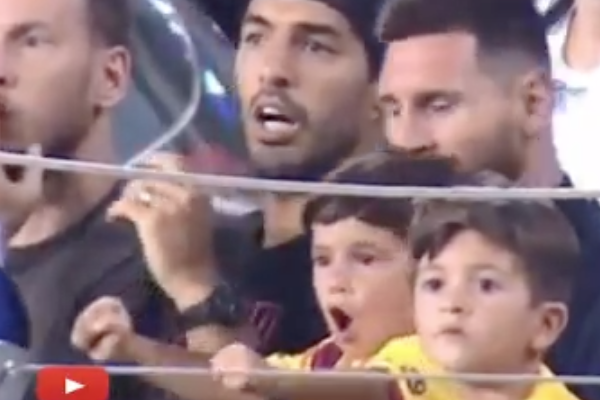 Mateo_Messi_no_gol_Barcelona_celebracion_video_Lionel_Luis_Suarez