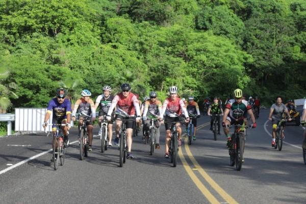 culiacán_carretera_rodada_ciclistas