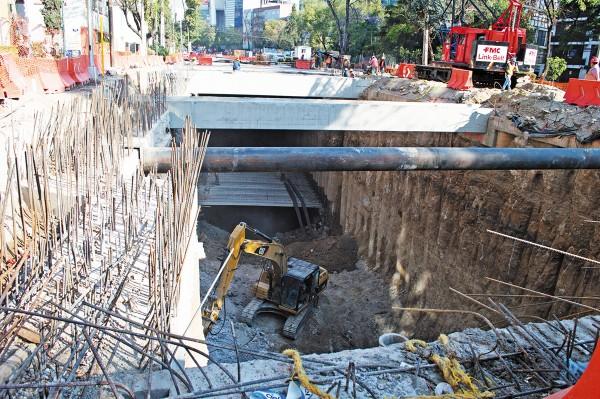 PRESIONES. La construcción de obras de ingeniería civil sufrió un descenso de 1.4 por ciento. Foto: Cuartooscuro