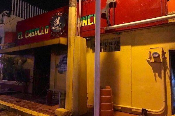 Bar_Caballo_Blanco_Coatzacoalcos