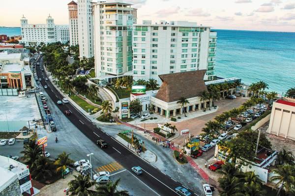 MENOS UTILIDAD. Las cadenas de hoteles reportan menores ganancias por el incremento en insumos como combustible, agua y luz. Foto: Especial.