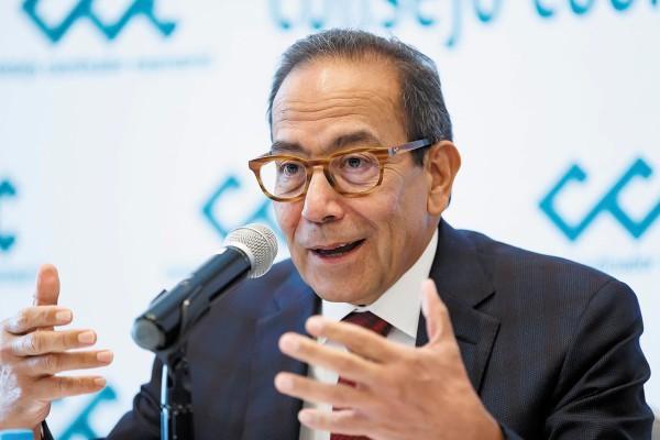 CCE. El líder del sector empresarial expuso detalles del acuerdo con el gobierno federal. Foto: EFE