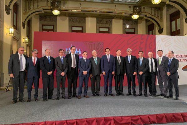Consar asegura que Afores apoyan el compromiso de bajar las comisiones a trabajadores
