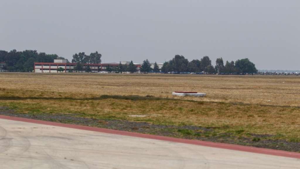 amparos impiuden la construcción del aeropuerto en Santa Lucía