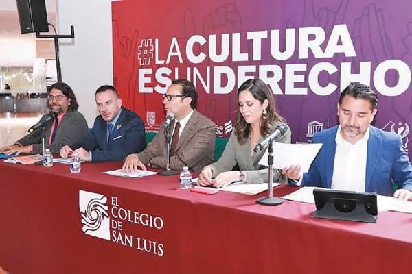 CONVENIO. El alcalde Xavier Nava destacó la promoción que se hace a favor de la cultura. Foto: Especial.
