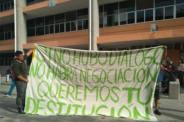 Acoso_protestan_alumnas_Universidad_Autónoma_ SLP