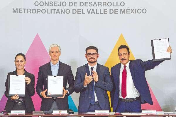 EJE. Los gobernadores de las entidades involucradas sereunieron ayer en Naucalpan, Edomex. Foto: CUARTOSCURO