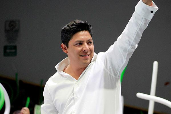 Diputado_Ricardo_Gallardo_bancada_verde