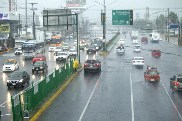 Monterrey_lluvias_inundaciones_tormenta_tropical_fernand