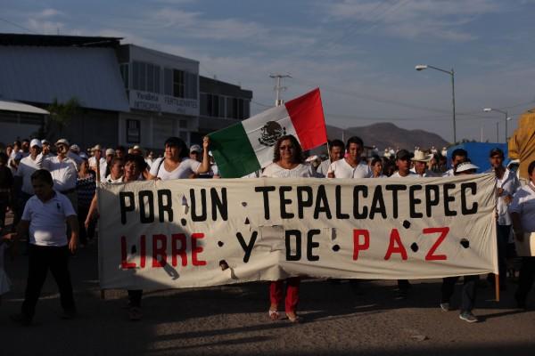Tepalcatepec_marcha_seguridad