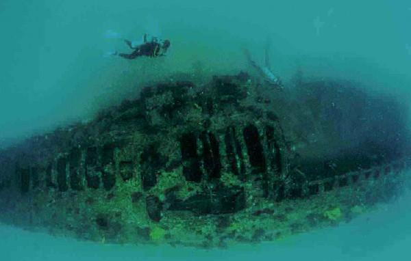 El submarino regresaba, junto con el H-2, a California, cruzando por el canal de Panamá. Foto: Cortesía