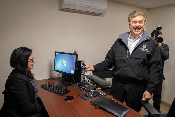 El gobernador Francisco Vega Lamadrid lleva malas cuentas. Foto: Cuartoscuro