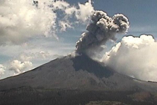 volcan popocatepetl ceniza