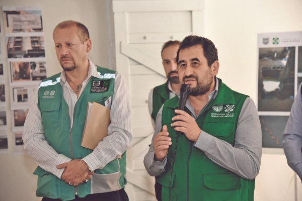 META. César Cravioto afirmó que se cumplirá con el objetivo de entregar en 2021 los edificios dañados. Foto: Daniel Ojeda.
