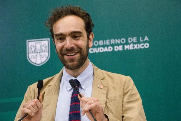 Andrés Lajous de Semov de la CDMX durante la entrega de los primeros resultados de implementación de las Fotos Cívicas. FOTO: VICTORIA VALTIERRA / CUARTOSCURO.COM