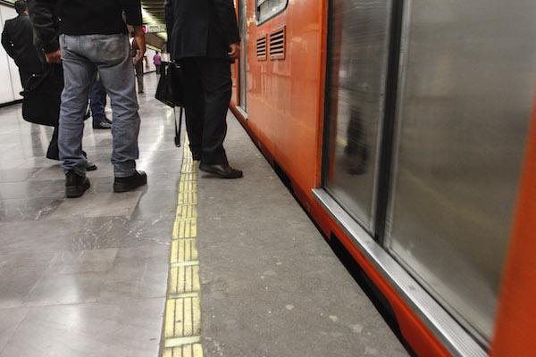 Metro_suicidios_programa_salvemos_vidas