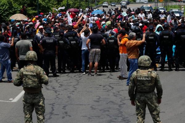 FRONTERA. Los centroamericanos han tratado de entrar a México vía Guatemala. Foto: AP