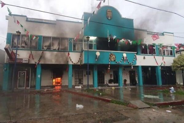 chiapas_escuintla_incendio_palacio_municipal