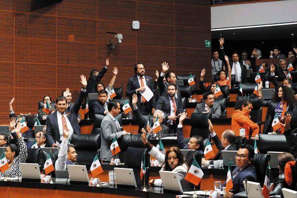 MAYORÍA. La reforma fue promovida y apoyada por la bancada de Morena, la más numerosa en el Senado. Foto: Especial.