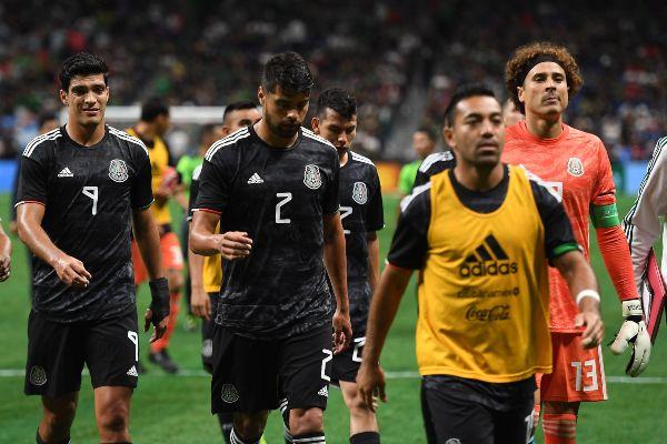 IMPOTENCIA. El semblante de los jugadores mexicanos reflejó la superioridad de la Albiceleste. Foto: Mexsport.