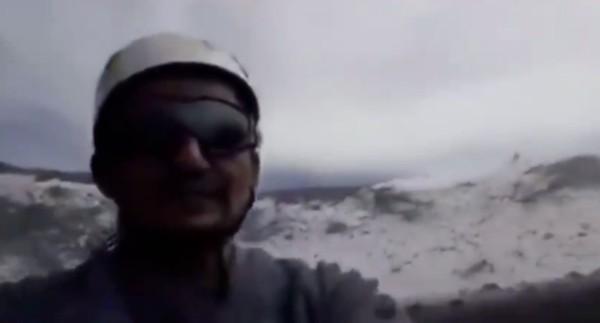 volcan_popocatepetl_excursionistas_graban_excursion_crater