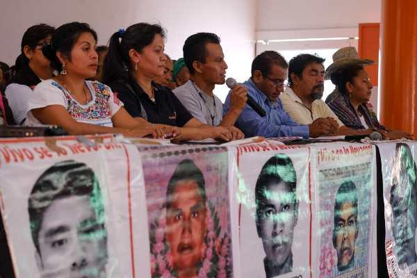 Posicionamiento_padres_de_estudiantes_Ayotzinapa