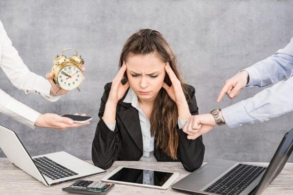 estrés Laboral riesgos sociales psicosociales NOM