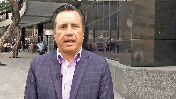 REDES. El gobernador Cuitláhuac García difundió un mensaje en sus redes sociales. Foto: Especial.