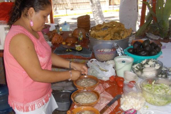 cuantas_calorias_tiene_pozole